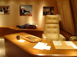 air force 1 office. Any Pics Of Inside Air Force 1 Page 2 Airlinersnet Office T