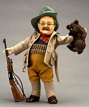 roosevelt-t-doll-with-bear.JPG