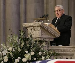 kissinger-ford-funeral.jpg