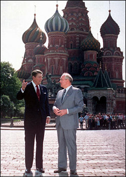 reagan-gorbachev-moscow.jpg