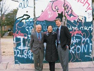 berlin-wall-westminister-colleg-fulton.jpg