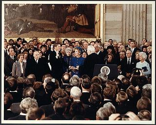 reagan-indoor-oath.jpg