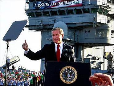 bush-mission-accomplised-thumbs-up.jpg