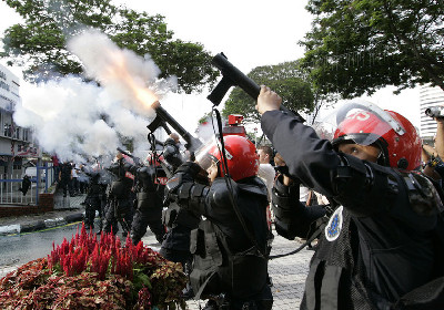 malasia-tear-gassing.jpg